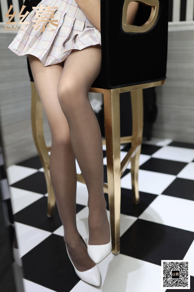 丝慕写真 SM418 佳佳《JK格子百褶裙》[74P/245MB] 丝慕写真-第2张